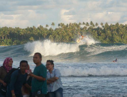 Sunday Funday at Lagundri Bay by Mark Flint